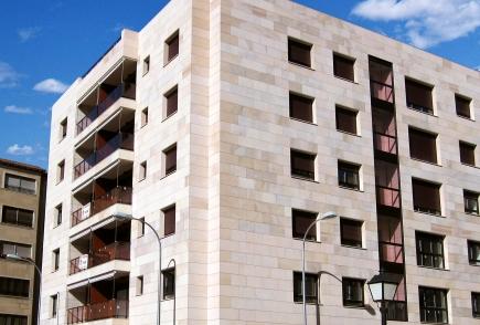 Edificio Calle Campo 2